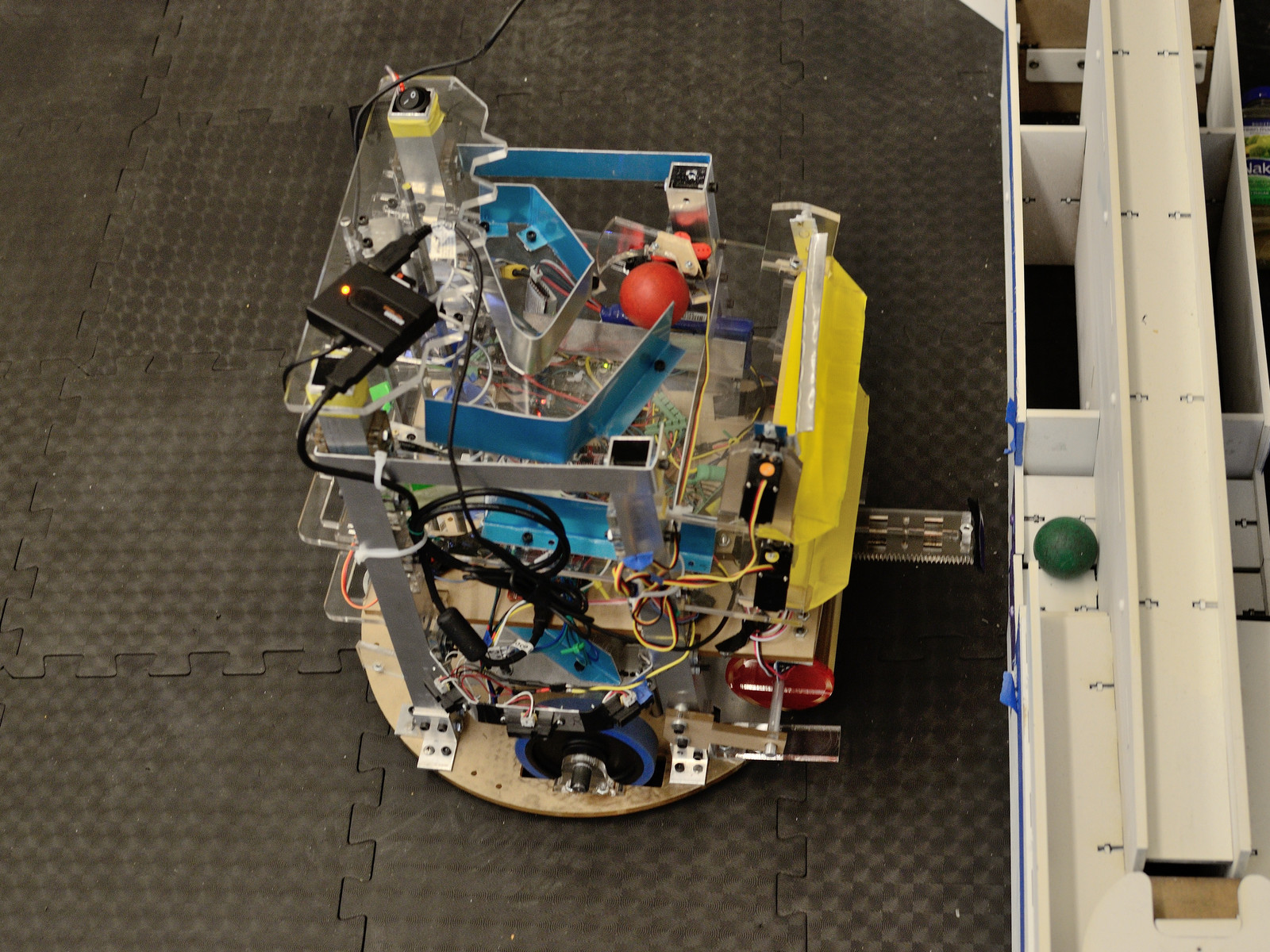 sshbot tape ball grabber maslab mit